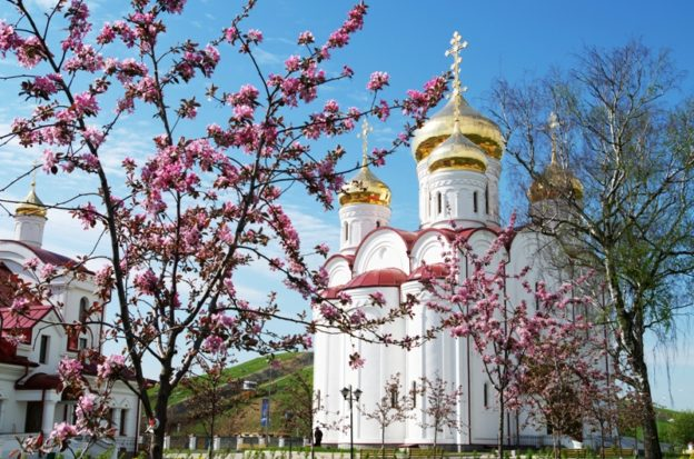 православие май